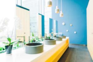 Intérieur de la salle de toilette flou abstrait photo