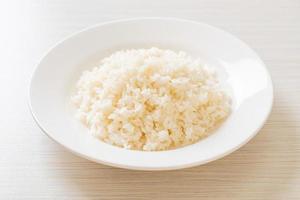 riz blanc au jasmin thaï cuit sur plaque photo
