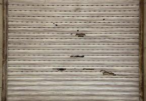 volets extérieurs cassés photo