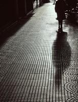 femme âgée de l'ombre photo