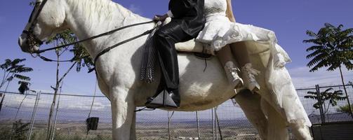 cheval de mariage des mariés photo