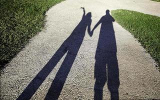 ombres de couple amoureux photo