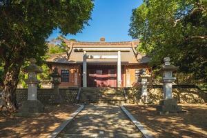 Façade du sanctuaire shinto de tongxiao à miaoli, taiwan photo