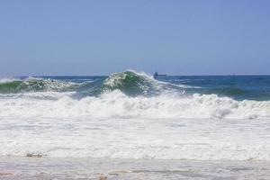 Vague à rudder beach à copacabana à rio de janeiro photo