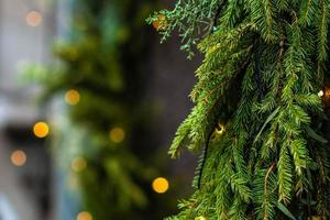 photo en gros plan. décorations et lumières de Noël.