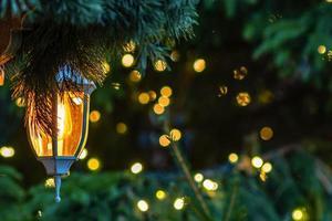 photo en gros plan. décorations de Noël, lanternes et lumières.