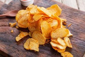 recette chips de pommes de terre au paprika fumé maison photo