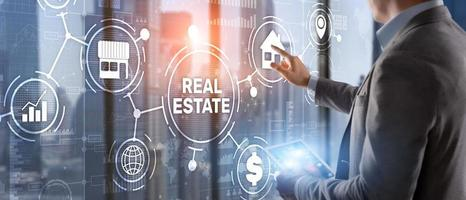 concept immobilier. acheter des biens immobiliers pour les affaires ou la vie. photo