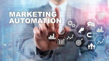 Concept d'entreprise Internet du système de processus de technologie de logiciel d'automatisation marketing. fond de médias mixtes photo