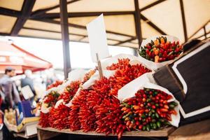 un bouquet de piments croustillants photo