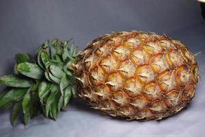 gros plan d'ananas savoureux et sain photo