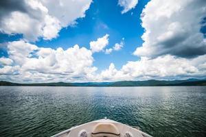 canotage et camping sur le lac jocassee dans le nord de l'état de la Caroline du Sud photo