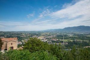paysage de narni scalo vu de la forteresse de narni photo
