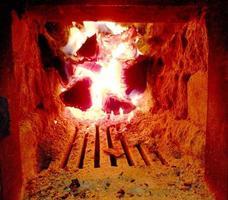 belle flamme rouge de tranche de bois photo