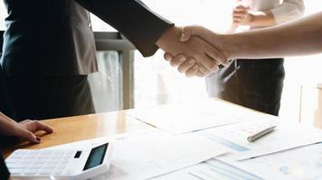 concept de réunion de partenariat commercial photo