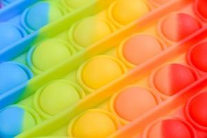 jouet pour enfants aux couleurs vives en silicone conçu pour soulager le stress photo