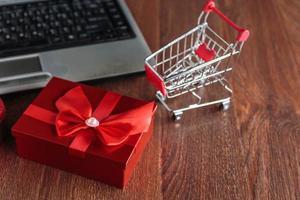 vente du vendredi noir et concept de vente en ligne photo