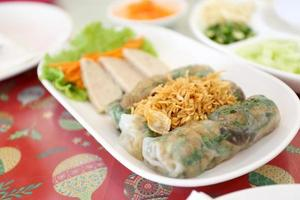 délicieuse cuisine vietnamienne photo