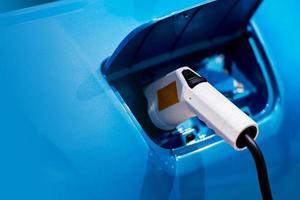 recharger une batterie de voiture électrique accéder à l'électrification du véhicule photo
