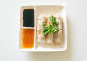 rouleaux de nouilles de riz à la vapeur chinoises au crabe photo