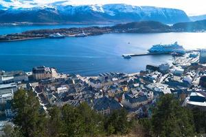 alesund en norvège photo