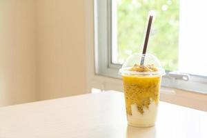 smoothies aux fruits de la passion avec yaourt photo