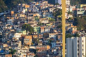 colline de la couronne située dans le quartier catumbi de rio de janeiro. photo
