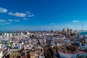 la ville de cadix espagne andalousie photo
