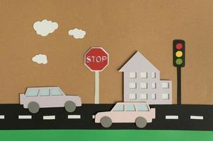 Assortiment de transport urbain en papier nature morte photo