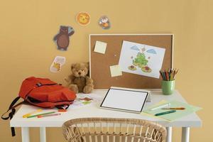 réglage de bureau pour enfants à angle élevé photo