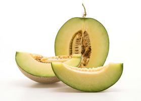 Melon cantaloup sur fond blanc photo