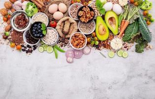 ingrédients pour la sélection d'aliments sains photo