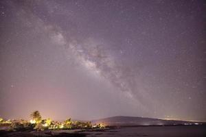 la voie lactée sur la grande île d'hawaï, mont hualalai photo