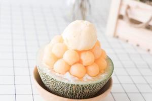 melon glacé bingsu, célèbre glace coréenne photo