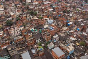 Complexe de bidonvilles allemand complexo do alemao à rio de janeiro., brésil photo