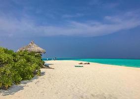 l'océan indien à madivaru et finolhu à l'atoll de rasdhoo, maldives photo