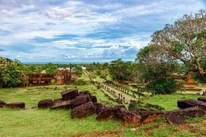 vat phou, wat phu est inscrit au patrimoine mondial de l'unesco à champasak, dans le sud du laos. photo