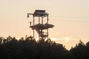 vue sur le coucher de soleil au centre national d'eau vive photo