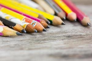 crayons de couleur carbone, faible profondeur de champ. photo