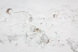 fragment de mur blanc en pierre photo