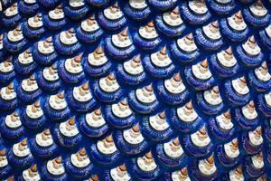 sculpture d'écailles de dragon bleu ou de textures d'écailles de poisson photo