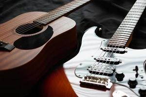 guitare électrique et guitare acoustique, macro abstrait photo
