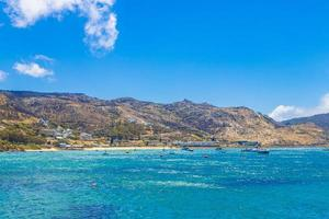 paysage côtier de false bay à simons town, près du cap en afrique du sud photo