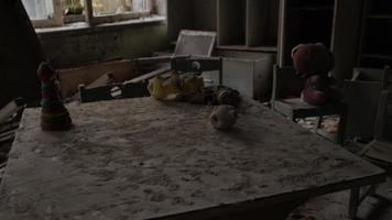 Pripyat, Tchernobyl, ukraine, 22 novembre 2020 - école et jardin d'enfants abandonnés à Tchernobyl photo