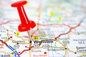Wellston, comté de jackson, ohio, carte routière avec punaise rouge photo