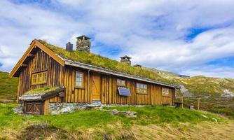 chalet au lac vavatn, hemsedal, norvège photo