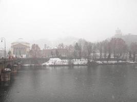 collines de Turin sous la neige photo