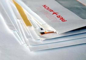 lettres isolées sur blanc photo