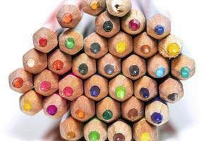 gros plan de crayons colorés photo