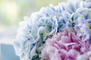 gros plan bouquet de fleurs photo